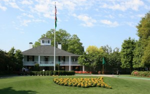 The famous Masters logo created by yellow pansies arranged in the shape of the United States.